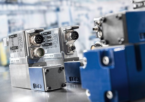 Master flow valve control for improved systems performance and flow rate.